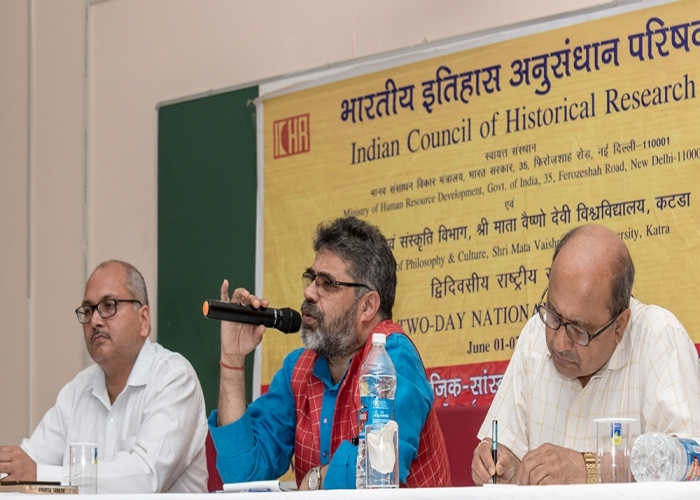 Member Secretary ICHR delivering the inaugral address at the Two Days Natinol Seminar katra